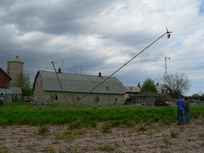 raising the wind turbine